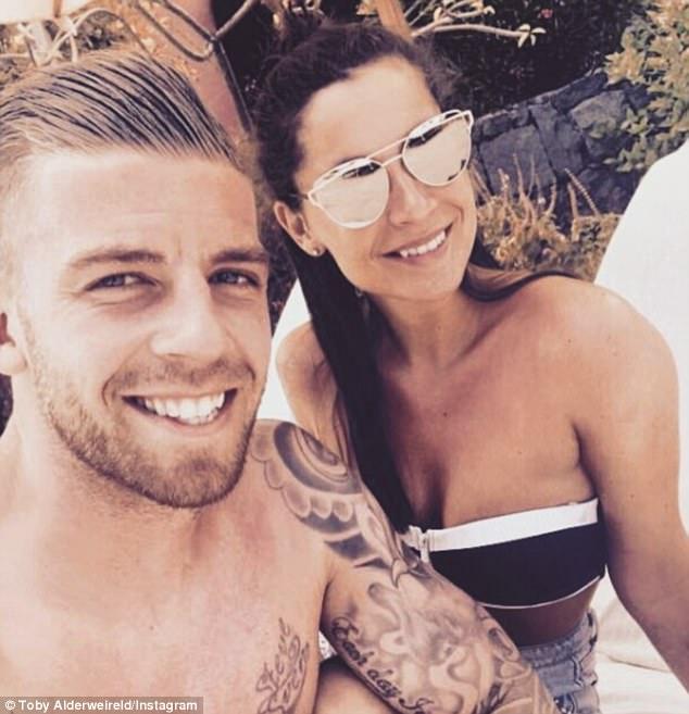 Toby Alderweireld has flown away with his girlfriend Shani Van Mieghem