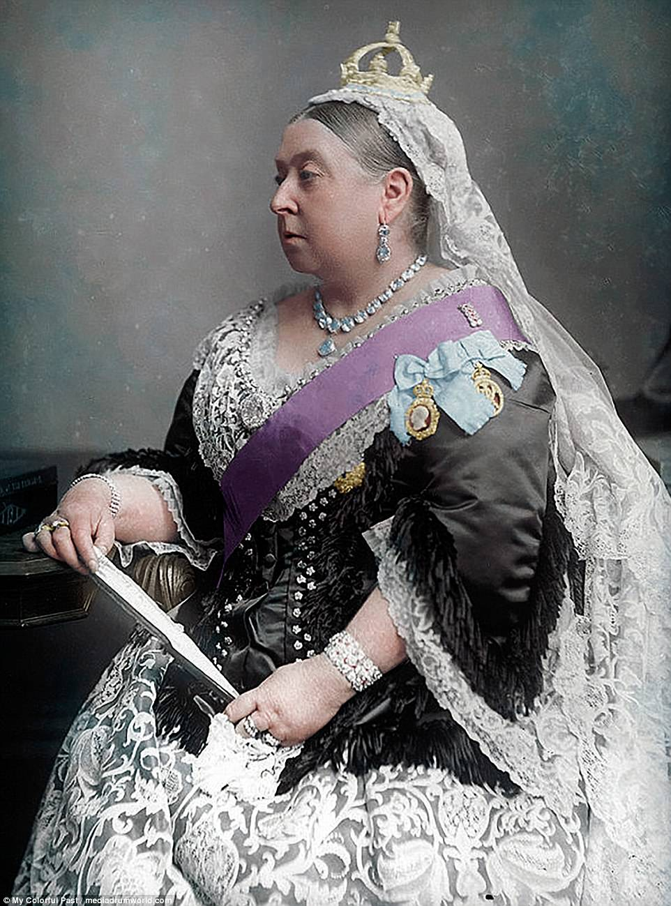 Queen Victoria And People