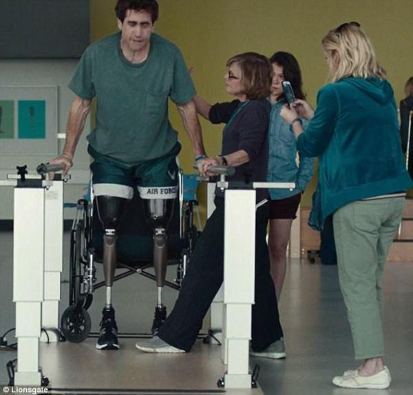 Jake Gyllenhaal plays Boston Marathon bombing survivor ...