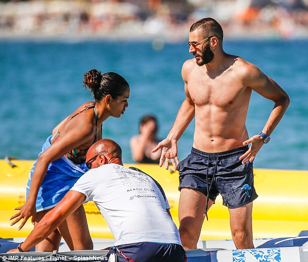 Karim Benzema With His Wife Karim Benzema On How Faith And Family Keep Him At The Top Of His Game At The Same Time The Press Learned That Karim Did