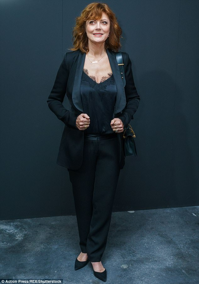 Age Defying Susan Sarandon 70 Power Dresses In Statement Suit As