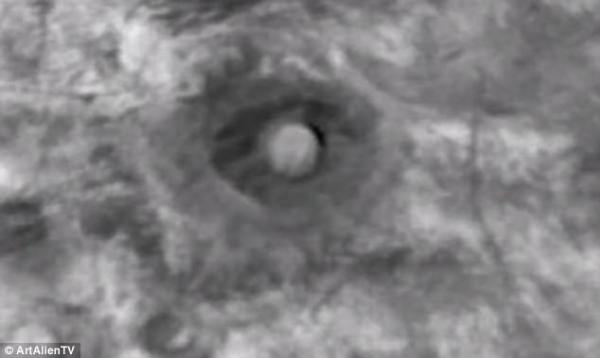 Nasa satellite spots two mystery objects on Mars | Daily ...