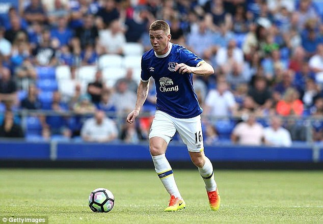 Leicester City have made an enquiry for Everton's 26-year-old midfielder James McCarthy