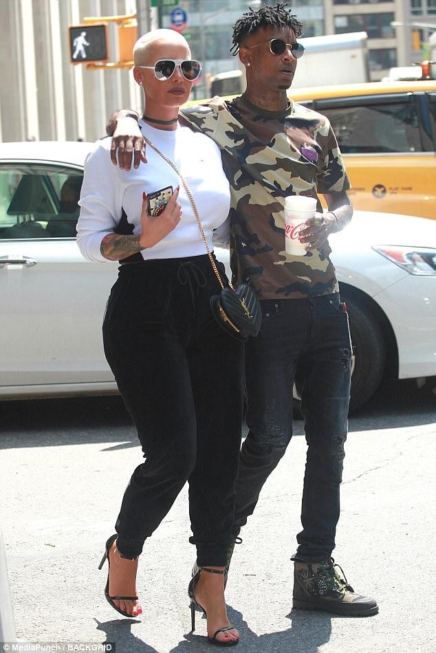 Amber Rose Enjoys NYC Stroll With Boyfriend 21 Savage