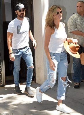 Outfit repeater? Jen donned an almost identical look while the pair enjoyed date night at the upscale Sant Ambroeus restaurant