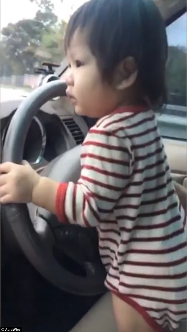 Teerapat Duangdennakthong claimed he usually put his daughter in a car seat for driving