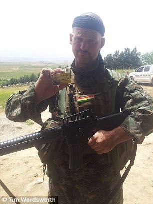 Tim reveló cómo se hizo famoso entre los kurdos por ser uno de los pocos occidentales