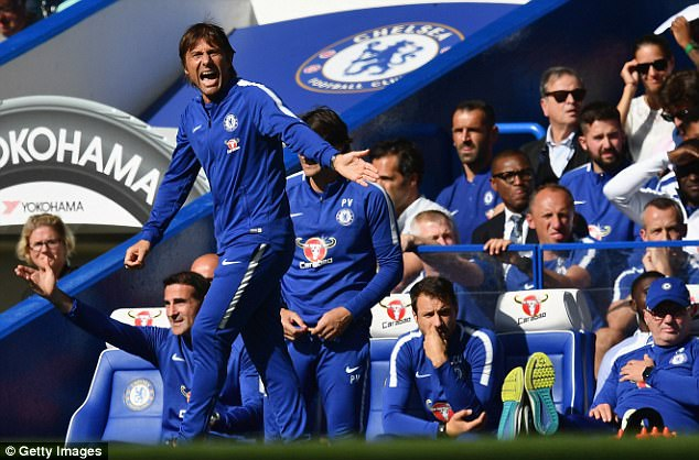 Costa accuses Conte of lacking charisma, and of being cold and distant with his players