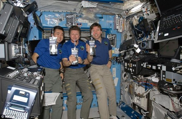 Astronaut's urine could be turned into plastic | Daily ...