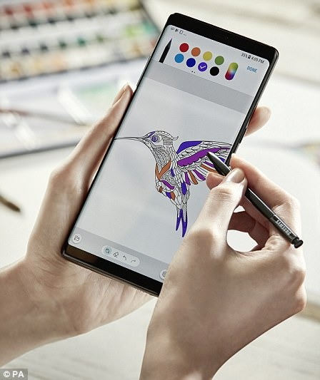 The S Pen is noticeably more precise than the last, our reporter found