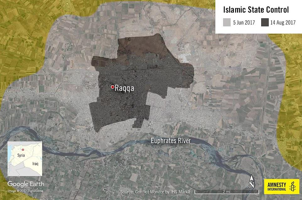 SDF y las fuerzas estadounidenses han logrado avances significativos en la lucha contra ISIS en las afueras de la ciudad en dos meses de combates, pero esto ha tenido un costo para los civiles.  Las fuerzas del gobierno ruso y sirio luchan en asentamientos al sur del río Eufrates