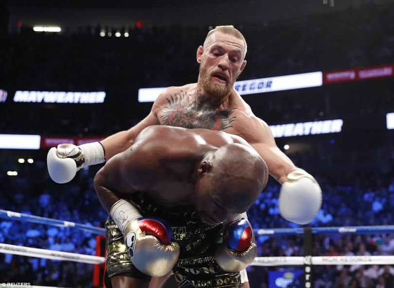 Despite his early pressure, there did not appear to be as much KO power in the McGregor left as in the light MMA gloves