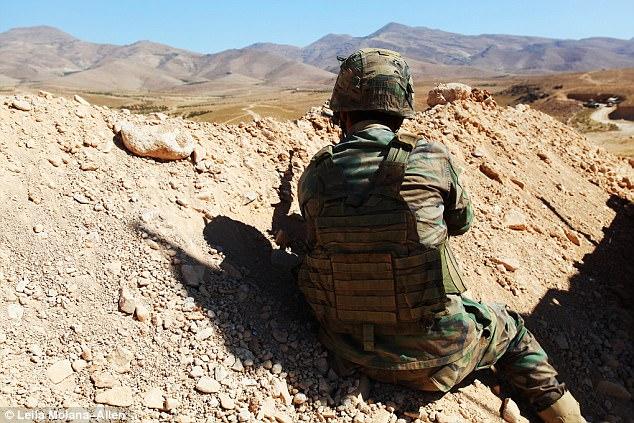 El Ejército libanés recibe miles de millones de libras en ayuda militar, entrenamiento y equipo de los gobiernos británico y estadounidense