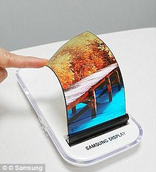 Samsung has already developed a flexible OLED screen