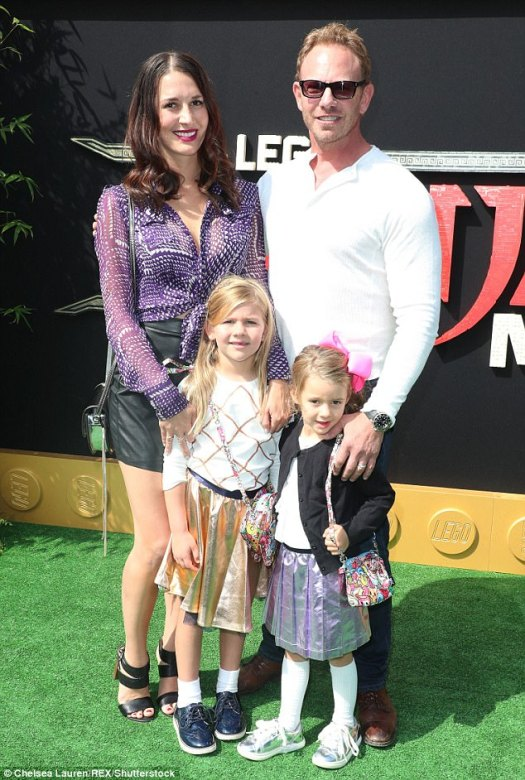 Tori's old co-star! Ian Ziering of 90210 with Erin Kristine Ludwig and family