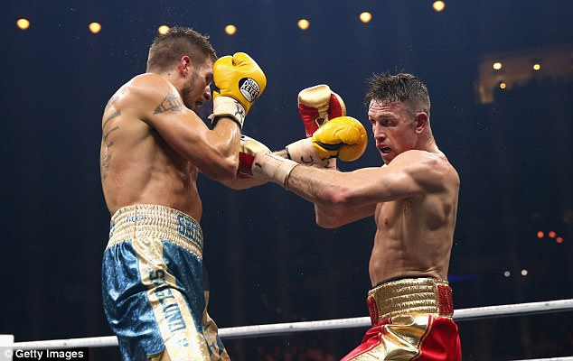 The super-middleweight duo both landed heavy shots in a back-and-forth encounter