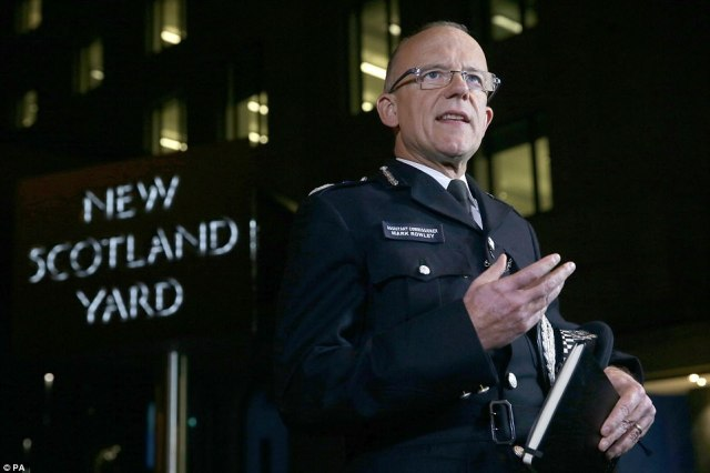 Assistant Commissioner Mark Rowley suggested there may have been more than one person involved stating that police were 'chasing down suspects'