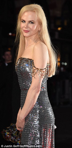 Blonde bombshell: Nicole's honey hued locks cascaded past her shoulders