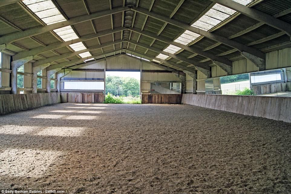 Georgian Home With A Riding School On Sale For 25million