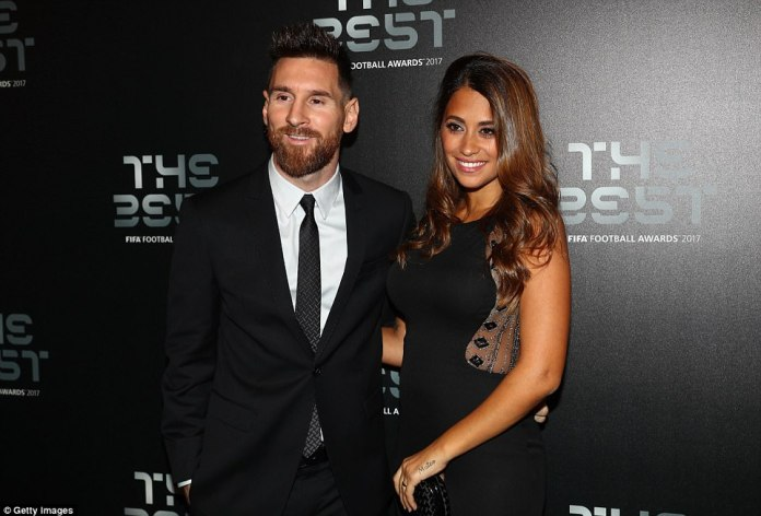 Barcelona star Lionel Messi arrived with his wife but he failed to pick up the FIFA men's player of the year crown in London