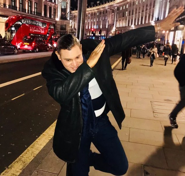 He showed off his dab to fans who spotted him on Regents Street in London