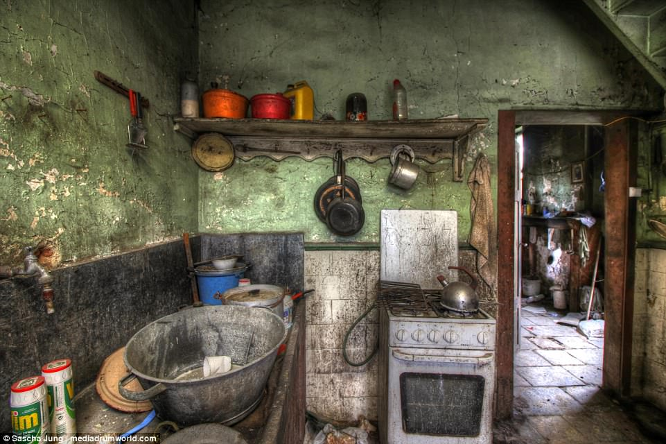 Haunting Images Reveal Insides Of Abandoned Belgium Home