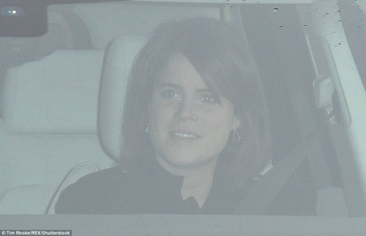 The Queen's granddaughter appeared to be in good spirits as she arrived at the palace