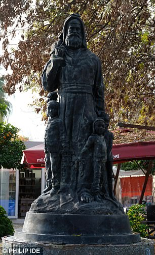 It is thought the saint was born 270 years after Christ¿s birth in what was then Greek Anatolia
