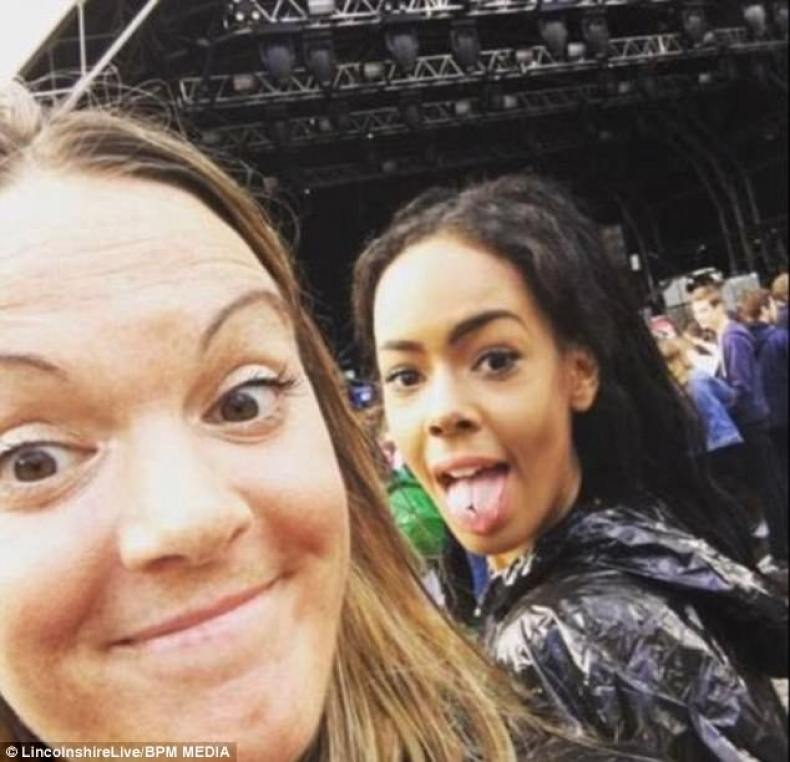 Ms Grant said:'She had a great sense of humour but was so brave. I will miss her forever.' (Ellie, right, with a friend at a concert)