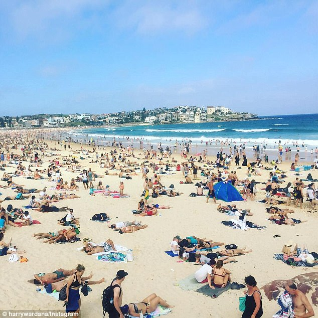 Temperatures are expected to reach 40C where a total fire ban was issued in Victoria on Saturday