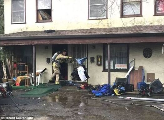 El fuego causó daños moderados y nadie resultó herido, confirmó el jefe del batallón Rob Pitt