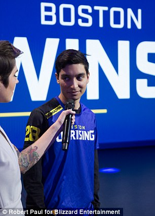 Boston Uprising found their first win on stage after defeating Florida Mayhem 4-0