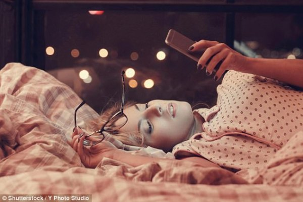 Psychologists explain how social media affects our lives ...