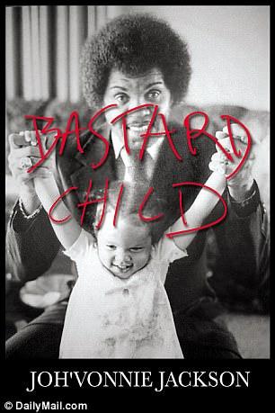 Em seu novo livro Bastard Child, ela descreve ser mentalmente torturada por seus irmãos e irmãs mais velhas e cruelmente desprezada em concertos de música e eventos familiares