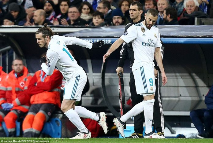 Welshman Gareth Bale is brought on in place of Karim Benzema as Zidane attempts to add some pace to his attack