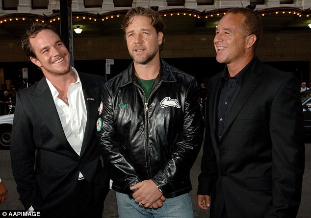 Koby (left) and Sunny Abberton (right) with Russell Crowe at the premiere of the Bra Boys film
