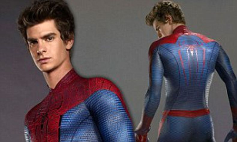 Andrew Garfield shows off his toned body in the new look Amazing ...