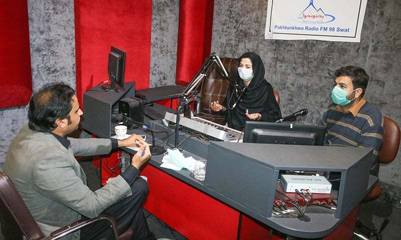 Once a tool for relaying militant propaganda, FM radio being used in Swat for Covid-19 education - Pakistan 1