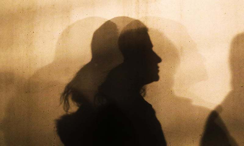 Karachi court issues warrants for cleric, others in case involving rape, abduction and illicit marriage of minor girl - Pakistan 1