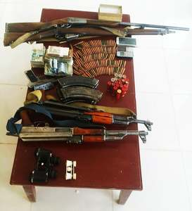 Seized weapons on display. — Utv Pakistan