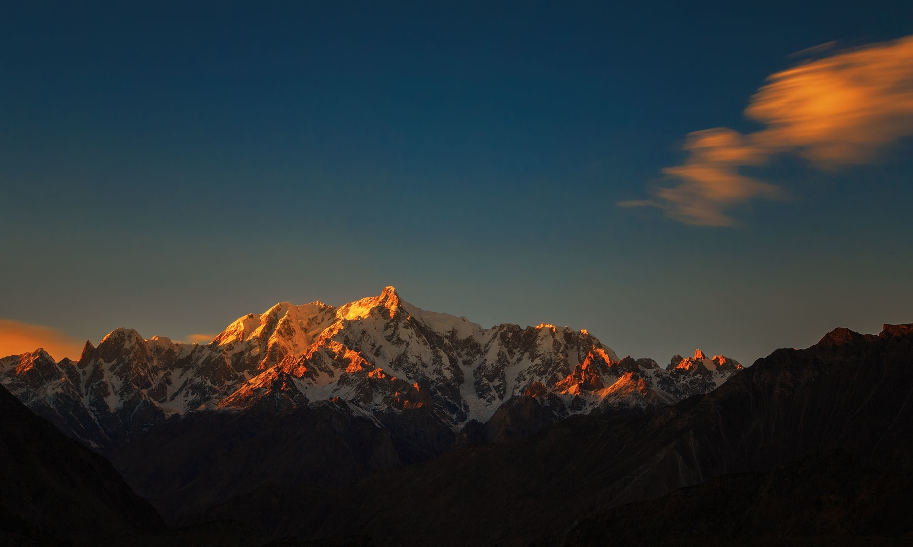 Sunset on Altar peak from Nagar.