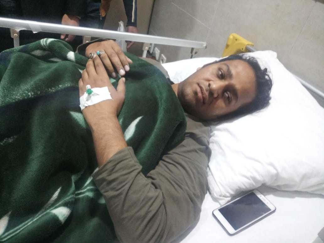 Image result for nawaz sharif guard beat cameraman