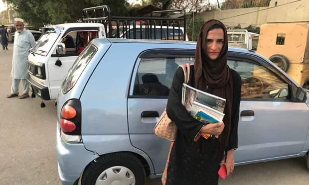 'جب میں سگنلز پر کھڑی بھیک مانگتی تھی تو لوگ خاص طور پر آدمی بدتمیزی کرتے تھے'—تصویر عائشہ علی خان