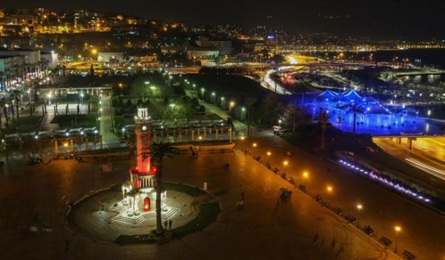 Türkiye'den 'Dünya Saati' manzaraları