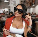 Gucci GG0053S 001 Vintage Oversized Sunglasses in Black 100% UV