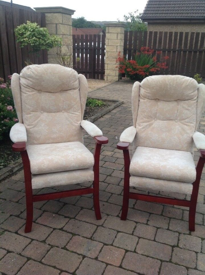 Sofa And 2 High Backed Chairs Excellent Condition Hsl Smoke Pet Free Home