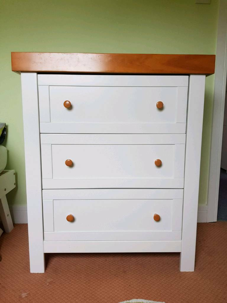 nursery furniture set matching chest of drawers cot bed Cot Bed And Chest Of Drawers Set id=94608