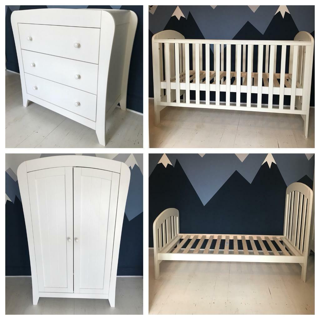 mamas and papas fern 3 nursery furniture set Cot Bed And Chest Of Drawers Set id=65008