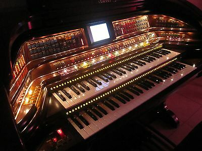 BEAUTIFUL Lowrey ROYALE electronic organ  SU500 !! LARGE SCREEN !!! CHEAP!!!