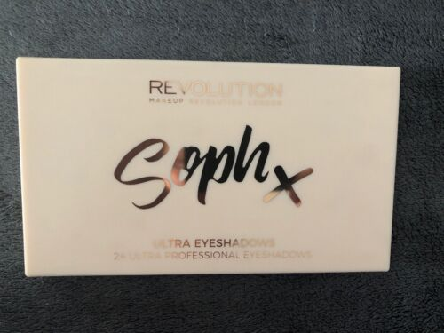 Makeup Revolution SophX Ultra Eyeshadows Palette! Neu